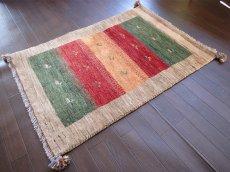 画像2: 手織りペルシャギャッベE89アクセントラグサイズ113×80ハンドメイドラグ (2)