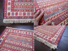 画像4: 手織りペルシャキリムF107玄関マットサイズ97×73ハンドメイドラグ (4)
