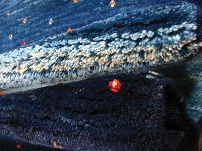 画像2: ペルシャ ギャッベ リビング サイズ 200 x 159 cm F159 ハンドメイド 天然 ウール 手織り ラグ 絨毯 カーペット グラデーション 青 ネイビー