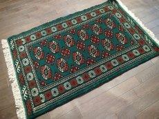 画像2: 新品 トルクメン ペルシャ 絨毯 アクセント サイズ 122 × 78 cm 187 トライバル ラグ 天然 ウール 敷物 マット カーペット 赤 緑 (2)