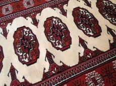 画像4: 新品 トルクメン ペルシャ 絨毯 アクセント サイズ 126 x 82 cm 196 トライバル ラグ 天然 ウール 敷物 マット カーペット エンジ  赤 クリーム (4)