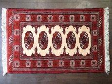 画像1: 新品 トルクメン ペルシャ 絨毯 アクセント サイズ 126 x 82 cm 196 トライバル ラグ 天然 ウール 敷物 マット カーペット エンジ  赤 クリーム (1)