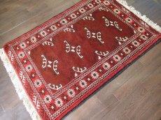 画像2: 新品 トルクメン ペルシャ 絨毯 アクセント サイズ 118 x 83 cm 200 トライバル ラグ 天然 ウール 敷物 マット カーペット エンジ  赤 (2)