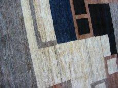 画像4: ペルシャ ギャッベ リビング サイズ 217 x 165 cm F175 ハンドメイド 天然 ウール 手織り ラグ マット 絨毯 カーペット モザイク パターン マルチ カラー クリーム 茶 青 (4)