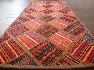 画像1: 新品 ペルシャ キリム パッチワーク ラグ アクセント サイズ 113 x 59 cm No.5489 平織り 天然 ウール 絨毯 敷物 マット カーペット 茶 赤 マルチ カラー n-5489-113059sa08