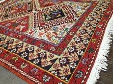 画像4: ペルシャ キリム グーチャン シルク ウール 1m 玄関 マット サイズ 100 x 82 cm 128 スマック 手織り トライバル ラグ 天然 ウール マット 絨毯 カーペット カラフル 動物 柄 (4)