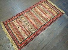 画像4: ペルシャ キリム グーチャン 1m 玄関 マット サイズ 100 x 52 cm 133 スマック 手織り トライバル ラグ 天然 ウール マット 絨毯 カーペット カラフル (4)