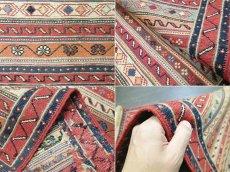 画像9: ペルシャ キリム グーチャン 1m 玄関 マット サイズ 100 x 52 cm 133 スマック 手織り トライバル ラグ 天然 ウール マット 絨毯 カーペット カラフル (9)