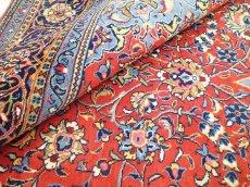 画像15: 美品 ペルシャ 絨毯 サルーク 3.4m リビング ダイニング 大判 サイズ 335 x 238 cm n240 ウール 手織り トライバル ラグ ハンドメイド マット カーペット 水色 赤 紺 ヴィンテージ (15)