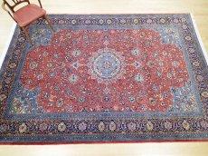 画像4: 美品 ペルシャ 絨毯 サルーク 3.4m リビング ダイニング 大判 サイズ 335 x 238 cm n240 ウール 手織り トライバル ラグ ハンドメイド マット カーペット 水色 赤 紺 ヴィンテージ (4)