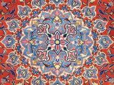 画像11: 美品 ペルシャ 絨毯 サルーク 3.4m リビング ダイニング 大判 サイズ 335 x 238 cm n240 ウール 手織り トライバル ラグ ハンドメイド マット カーペット 水色 赤 紺 ヴィンテージ (11)