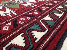 画像14: 新品 ペルシャ 絨毯 トルクメン リビング センター サイズ 2m 6畳 2人掛け ソファ サイズ 190 x 130 cm z180 ウール 天然 手織り トライバル ラグ 敷物 マット カーペット クリーム 民族 柄 ベッドサイドにもおすすめのサイズ (14)