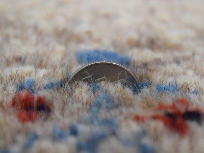 画像2: 新品 ペルシャ ギャッベ  縦1.8m 2.3? リビング ダイニング 2人掛けソファ サイズ 183 × 125 cm E101 肉厚 天然 ウール ギャベ 手織り ハンドメイド ラグ 絨毯 カーペット 原毛 生成り グレー クリーム リビングダイニングルームやベッドサイドに