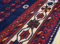 画像12: 良品 ペルシャ 絨毯 シールジャーン 縦2.8m 5.3㎡ 4.5帖 リビング ダイニング 3人掛けソファ サイズ 280 x 187 cm E130 天然 肉厚 ウール 手織り ハンドメイド トライバル ラグ 部族絨毯 マット カーペット 民族柄 ギャッベ(ギャベ)をお探しの方にもお勧めです (12)