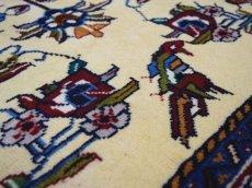 画像12: 新品 ペルシャ 絨毯 シールジャーン 縦1.9m 2.7㎡ 2〜3帖 リビング ダイニング 2人掛けソファ サイズ 190 x 138 cm E116 天然 ウール 手織り ハンドメイド トライバル ラグ 部族絨毯 マット カーペット 遊牧民のモチーフ 動物 鹿 模様 民族柄 ギャッベ(ギャベ)をお探しの方にもお勧めです (12)