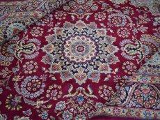 画像1: 美品 ペルシャ 絨毯 ケルマン産 縦3.4m 横2.4m 8.2㎡ 6帖 リビング ダイニング 客室 大判 サイズ 340 x 240 cm No.F157 天然 ウール 手織り ハンドメイド ラグ マット カーペット ワインレッド 赤紫 大きなお部屋に 中古品に抵抗のある方にもおすすめです。 (1)