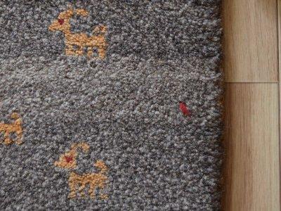 画像2: 新品 ペルシャ ギャッベ 縦1.2m アクセント ラグ サイズ 115 x 83 cm No.475 超肉厚 天然 草木染 ウール 手織り ハンドメイド ギャベ マット カーペット  民族柄 グレー