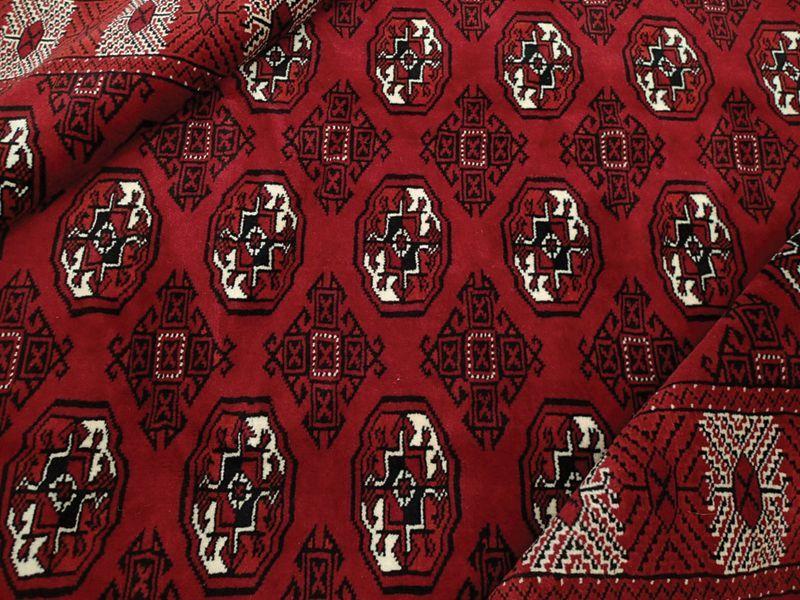 画像1: 新品 ペルシャ 絨毯 トルクメン 縦2.4m 3.8㎡ 3帖 リビング ダイニング 2〜3人掛け ソファ サイズ 235 x 162 cm A129 天然 肉厚 ウール 手織り ハンドメイド トライバル ラグ マット カーペット 赤 エンジ  ギュル 幾何学模様 民族柄 (1)
